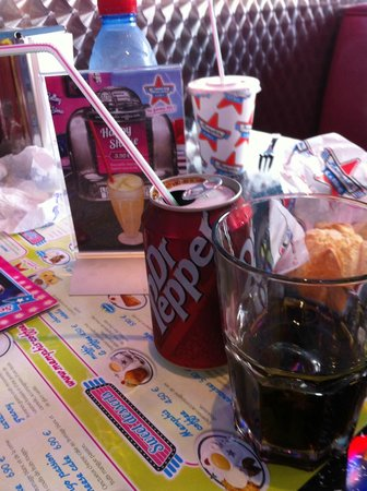 Memphis Coffee Beziers: DR PEPPER