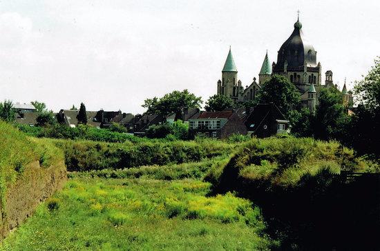 Sint-Lambertuskerk: Lambertuskerk