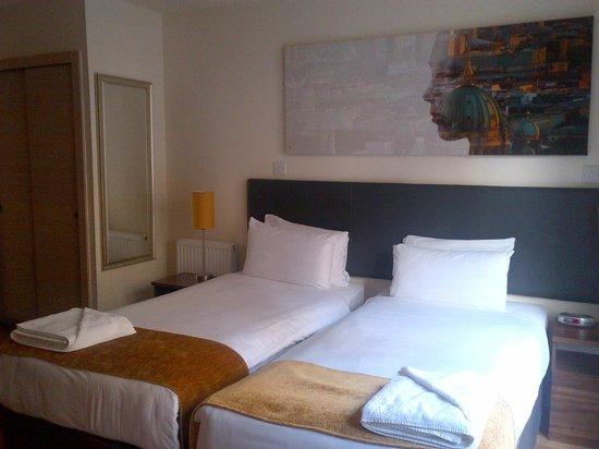 Staycity Aparthotels West End: Twin Betten im zweiten Schlafzimmer
