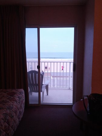 Crystal Beach Hotel: 2nd floor room balcony on the boardwalk
