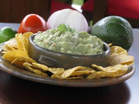 Cuatemoc Tex Mex Restaurante: Guacamole