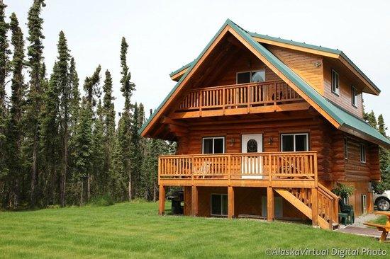 Salmon Catcher Lodge: 1