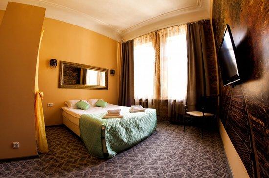 Amplua Mini Hotel: номер Полулюкс