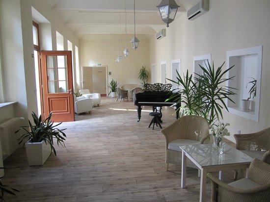 Unitas Hotel : sala de estar do hotel