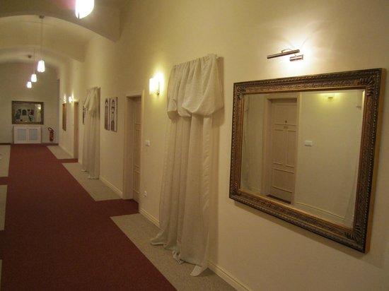 Unitas Hotel: hall do hotel, tranquilo...
