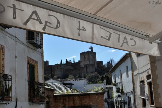 Cafe 4 Gatos: Vistas de La Alhambra desde el bar