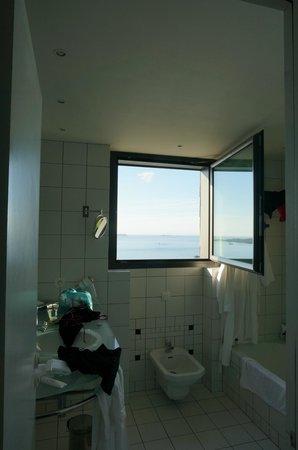 L'Agapa Hotel SPA Nuxe : salle de bain