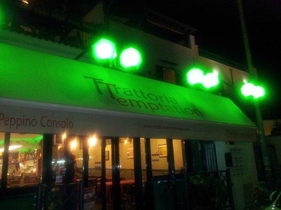 Temptation Trattoria - esterno del locale a Sferracavallo PA