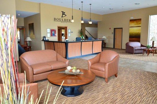 Boulders Inn & Suites Newton
