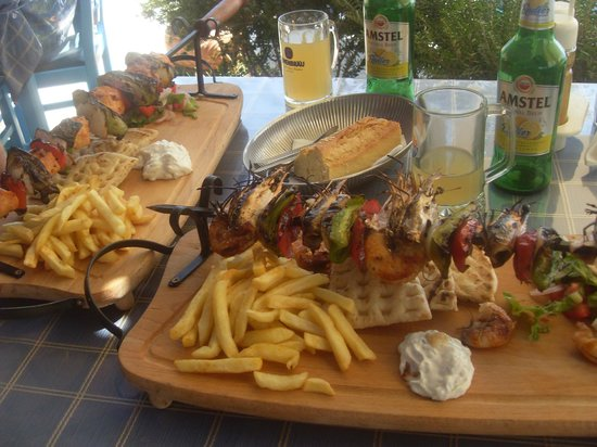 Sacallis Inn Beach Hotel: Prawn Souvlaki
