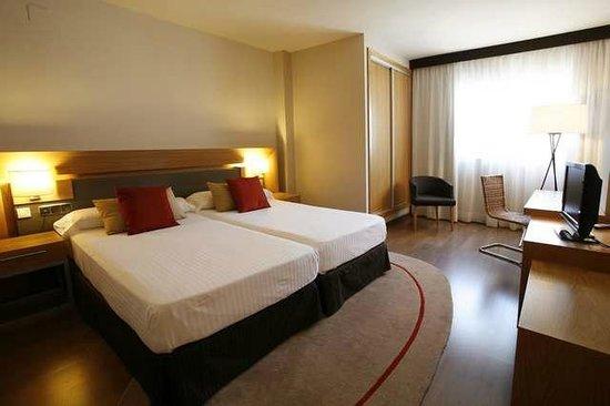 Hotel Guadalmedina: Doble Standar