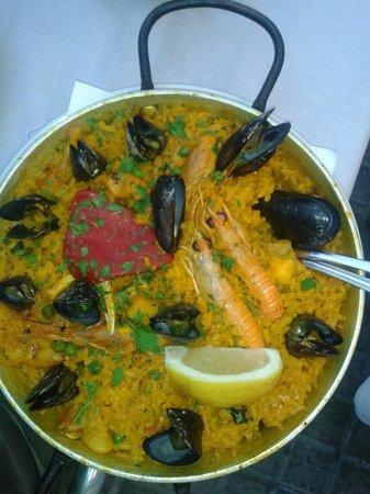 Restaurante El Rey de la Gamba Puerto Olimpico: la nostra paella!