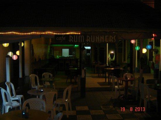Hotel Casa Max: Di sera