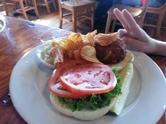 Crab cake sandwich picture of nick 39 s fish house for Nick s fish house baltimore md
