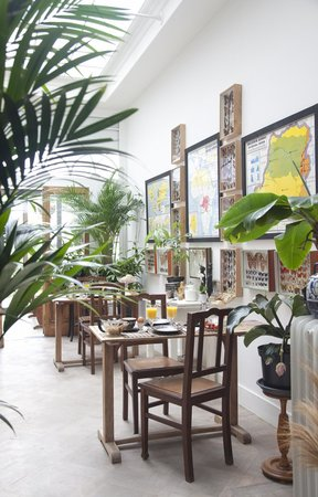 De Witte Nijl: Orangerie and breakfast
