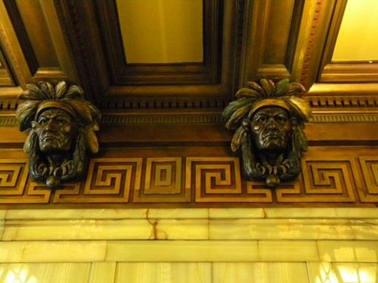 Smith Tower: carvings in the entry