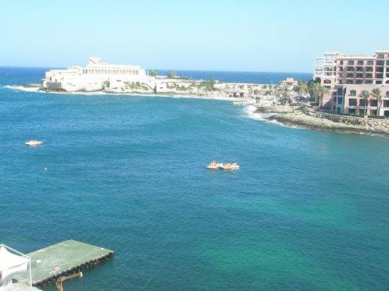 Marina Hotel Corinthia Beach Resort: vista dal terrazzo della camera