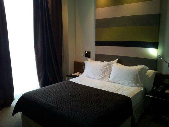 Hotel Enclave: Habitación