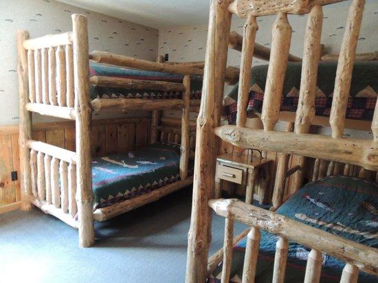 Wilderness Resort: room with bunkbeds