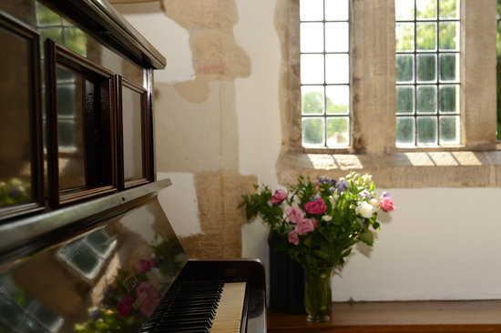 Charney Manor: Piano in the Solar
