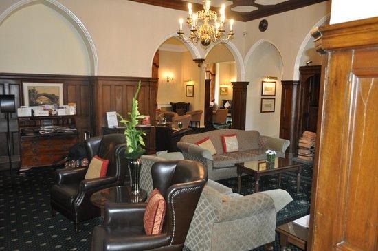 Grinkle Park Hotel: front reception room