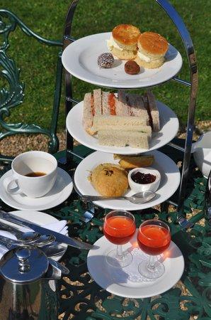 Grinkle Park Hotel: Afternoon Tea Superb