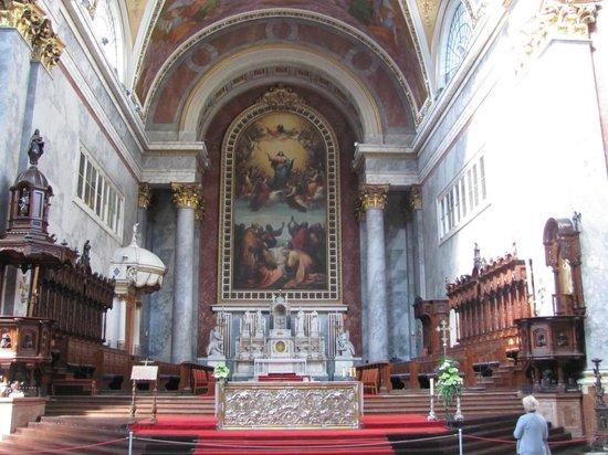 Esztergom Basilica / Cathedral: interior
