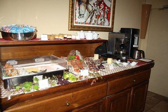 A Cheda : Un buffet de petit déj de qualité