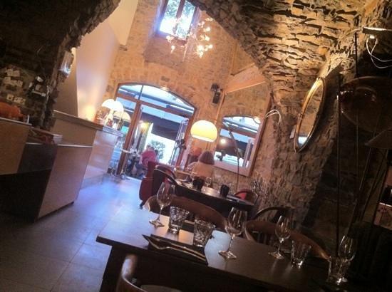 """Restaurant La Mangeoire : la Mangeoire"""" vue sur les voutes"""