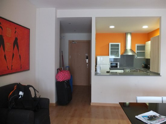 Villarroel Apartments: Main door of the apartment and the Kitchen!