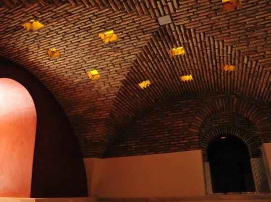 Baños Arabes Antiguos: antiguo recuoerado en obra – Foto di Medina Mudejar Banos Arabes, SL