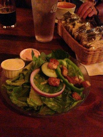 Wolf Lodge Inn: Dinner Salad