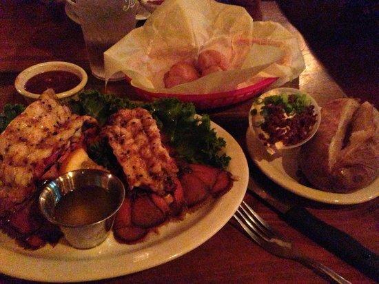 Wolf Lodge Inn: Lobster dinner