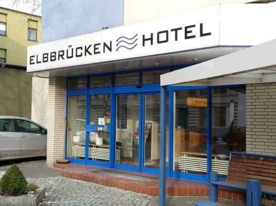 Elbbrücken Hotel: Eingangsbereich