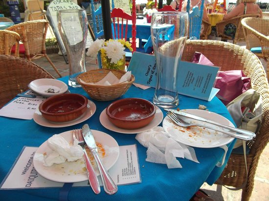 Oscars Tapas Bar: Empty plates say it all about the yummy food!