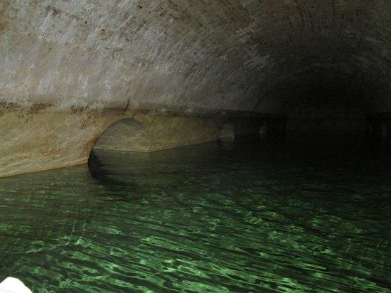 Hotel Rambla: INSIDE the Cistern! San Ferran