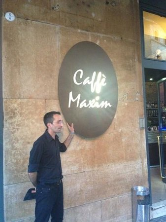 Caffe Maxim: Salvatore