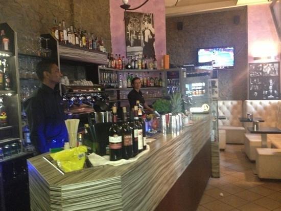 Caffe Maxim: il bar