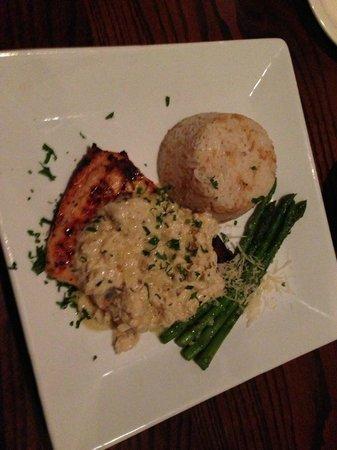 Sage Bistro: salmon and crab