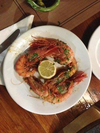 Hostal Restaurante Pou des Lleó: Gamberoni a la Plancia
