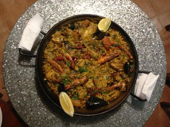 Hostal Restaurante Pou des Lleó: Paella Mixta