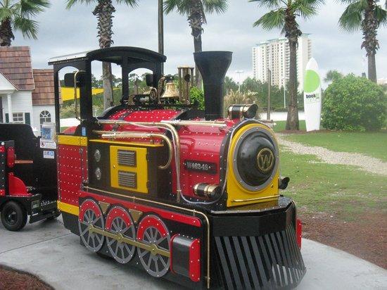 Pier Park : Kids will love the little train