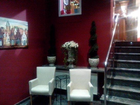Excelsior Hotel Luebeck : Salottino reception