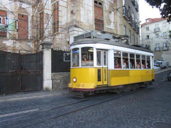 Lissabon Altstadt Apartments : line 28