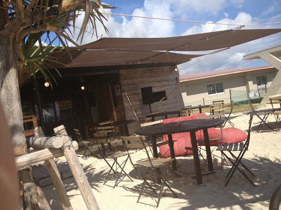 Senaga-jima Island: 海の家