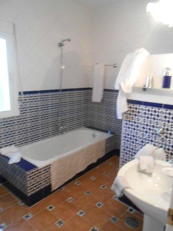 Casa la Felicidad: Bathroom