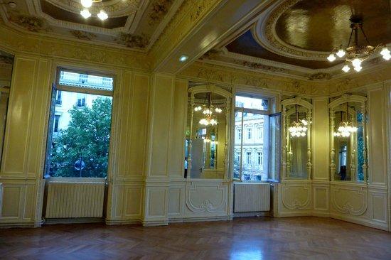 Chatelet - Theatre Musical de Paris: foyer