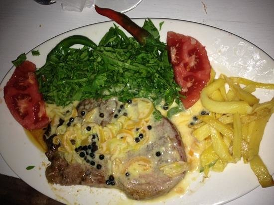 Ayana Restaurant : Steak with peppersauce- with lots of butter