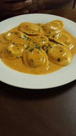 Pane E Vino: Lobster Ravioli