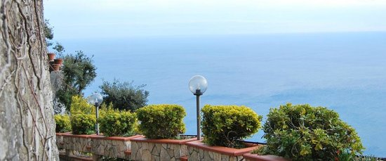 Hotel Le Rocce: Panorama dall'Hotel